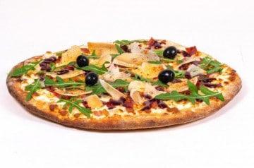 Une pizza basque au Tutti Pizza