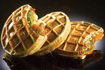 Waffle Factory vous sert des gaufres salées au déjeuner