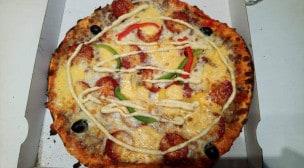 Le Kiosque à Pizzas - Une pizza