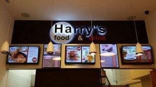 Harry's Food And Drink - La salle de restauration