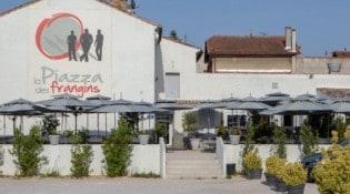 La Piazza Des Frangins - La façade du restaurant