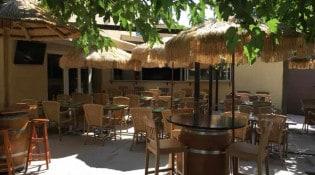 Restaurant chez Charles - la terrasse
