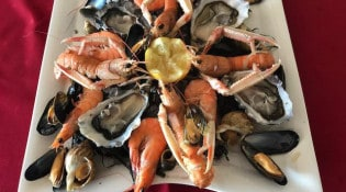 Le Grand Chalet - Un plateau de fruits de mer