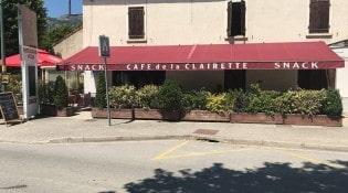 Le café de la clairette - La façade du restaurant