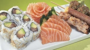 Tsubaki House - Les sushis, makis et brochettes