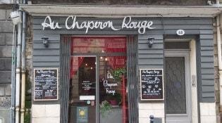 Au Chaperon Rouge - La façade du restaurant