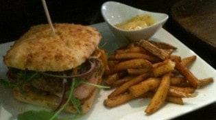 El Boqueron - Un burger et frites