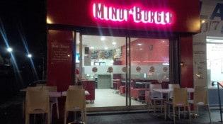 Minut'Burger - La façade du restaurant