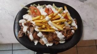 Aksaray Kebab - Une assiette kebab