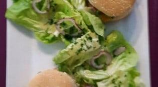 Café les Glacières - Un double burger de poulet