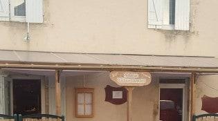 Le Saint Romain - la façade