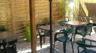 Le compromis - La terrasse