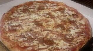 Pizza Luigi - Une pizza aux 3 jambons