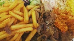 Chiche Kebab Ozan - Une assiette