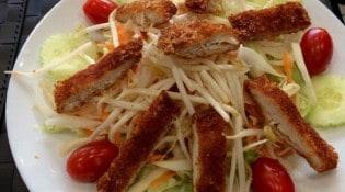 Be One thai - Une salade de poulet frite